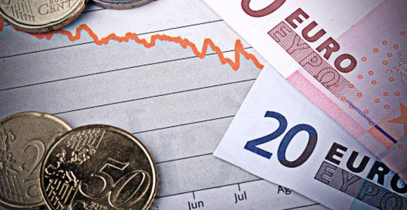Der Garantiezins fuer eine Lebensversicherung wird 2015 erneut fallen.