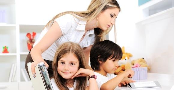 Gerade auch für Hausfrauen und Mütter kann ein freiwilliger Beitrag in die gesetzliche Rentenkasse interessant sein.