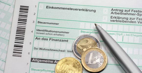 Wer weiß, welche Posten er bei der Steuererklaerung angeben muss, kann mehrere hundert Euro vom Fiskus zurueckbekommen.