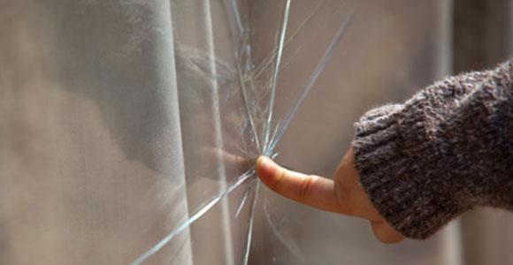 Viele neuere Haftpflichtversicherungen kommen auch fuer Schaeden auf, die nicht deliktfaehige Kinder verursacht haben.