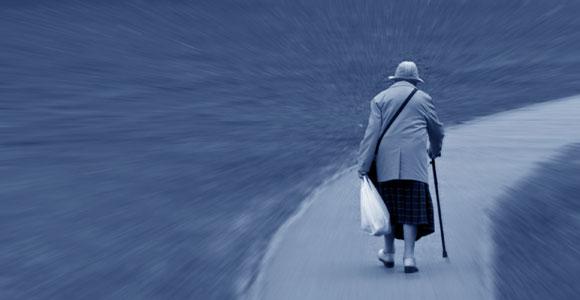 In Zukunft werden immer mehr Menschen in Deutschland von Altersarmut betroffen sein. Nicht zuletzt auch, weil es für Geringverdiener und Arbeitslose kaum Vorsorgemöglichkeiten gibt.