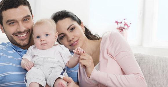 Mit dem Elterngeldrechner können Sie die Höhe des Elterngeldes ermitteln, dass Ihnen nach der Geburt Ihres Kindes zusteht.
