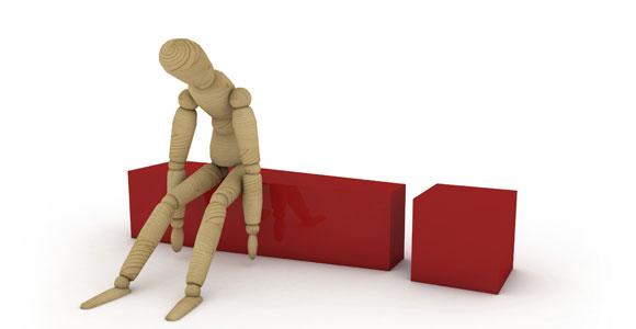 Nicht immer koennen Arbeitnehmer bis zum gesetzlichen Renteneintrittsalter arbeiten. Wen gesundheitliche Gruende zu einem frueheren Aufhoeren zwingen, der hat Anspruch auf eine Erwerbsminderungsrente.