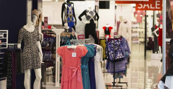 Wie lange koennen sich stationaere Ladengeschaefte noch halten, im Zeitalter des Online-Shoppings?