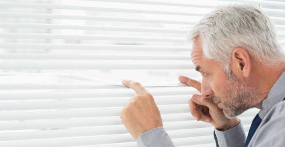 Was darf der Arbeitgeber über mich wissen?. Da hilft alle Neugier nichts, bestimmte Dinge dürfen Arbeitnehmer vor ihren Chefs verheimlichen.