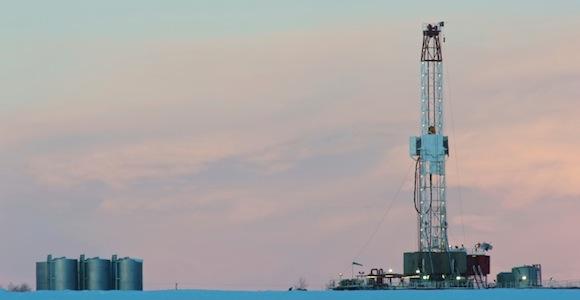 Die Fracking-Technologie ist vielen noch unklar und ruft Panik vor Umwelt- und Grundwasserverunreinigung hervor.