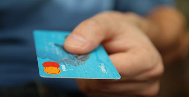 Kostenlose Kreditkarte: Die besten Angebote im kostenlosen Vergleich. Wer seine Kreditkarte nur hin und wieder nutzt, ist mit der kostenlosen Variante bestens beraten.