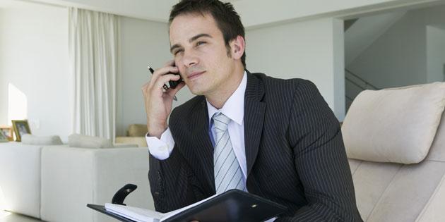 Das Arbeitszeugnis: Was Arbeitnehmer wissen müssen. Fuer Arbeitnehmer sind Arbeitszeugnisse essentiell bei der Jobsuche.