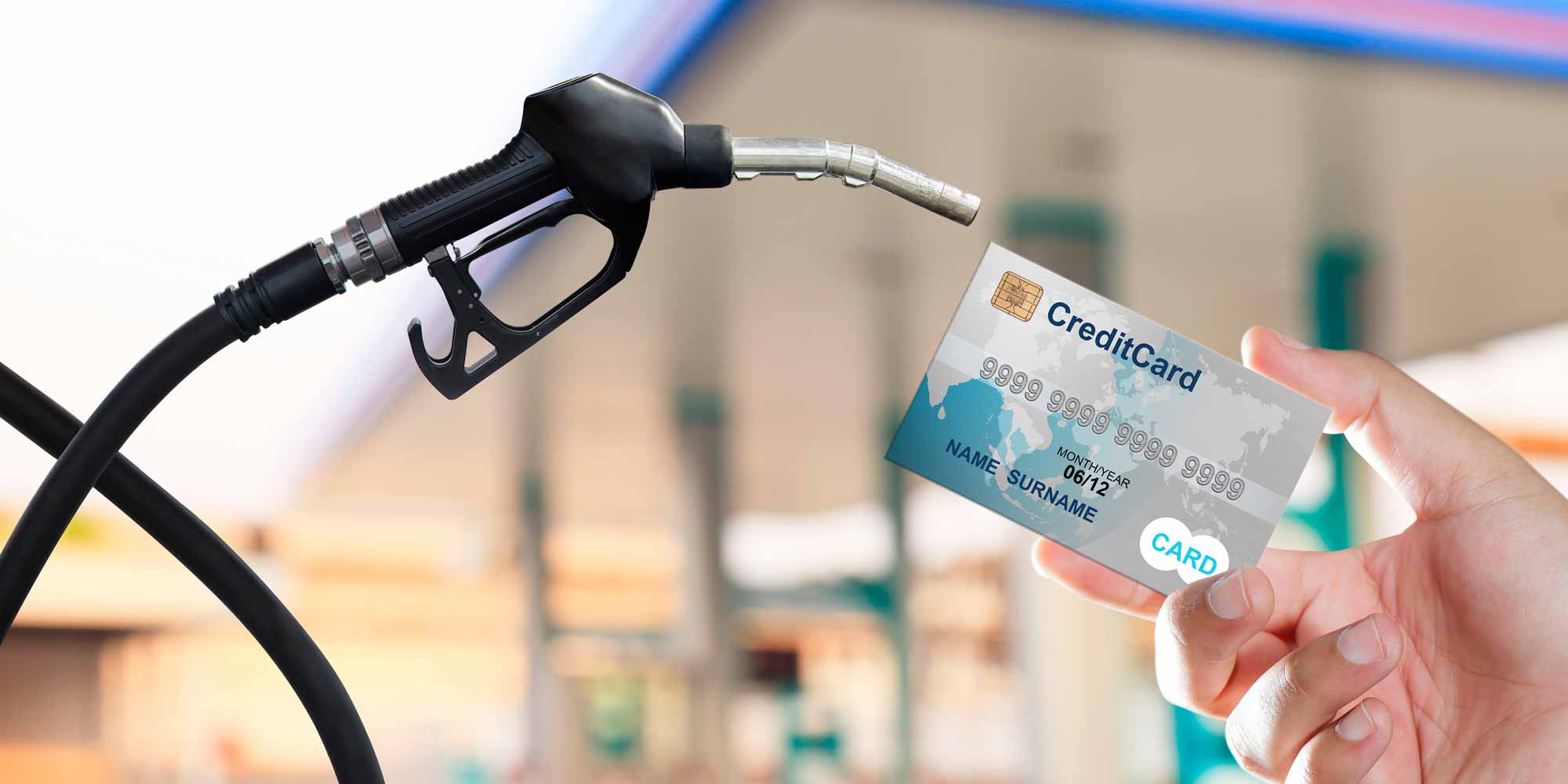 Die besten Kreditkarten mit Tankrabatt