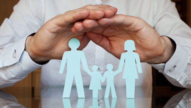 Überversichert: Weg mit den Versicherungen