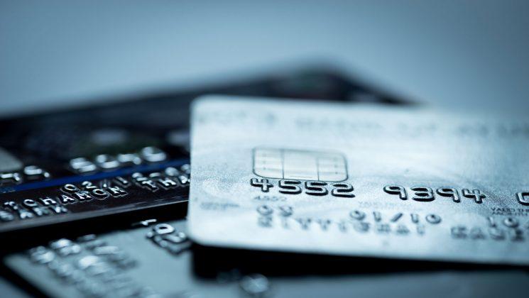Kreditkarte mit Startguthaben: Finden Sie mit uns das beste Angebot. Manche Kartenanbieter bieten Kreditkarten mit Startguthaben für Neukunden
