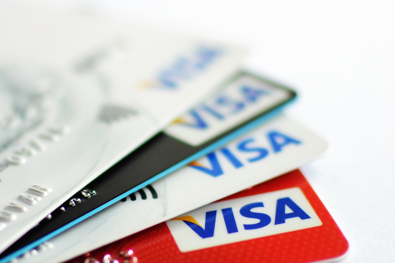 Die Barclaycard Visa - das bietet sie