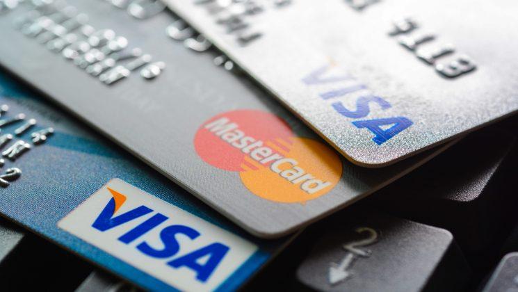 Comdirect Visa Kreditkarte: Leistungen der Karte im Vergleich. Die Comdirekt Visa-Kreditkarte im Überblick