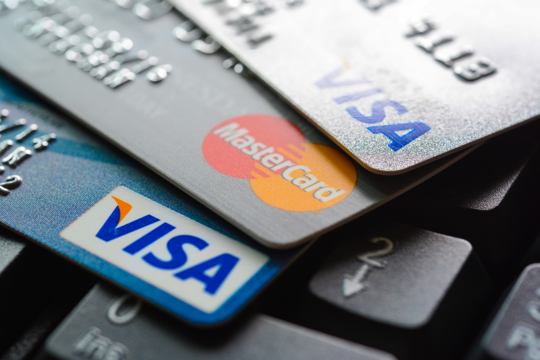 Die Comdirekt Visa-Kreditkarte im Überblick