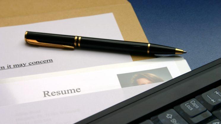Bewerbung auf Englisch: So gelingen Lebenslauf und Anschreiben. Resume und Cover Letter unterscheiden sich in einigen Punkten von Lebenslauf und Anschreiben