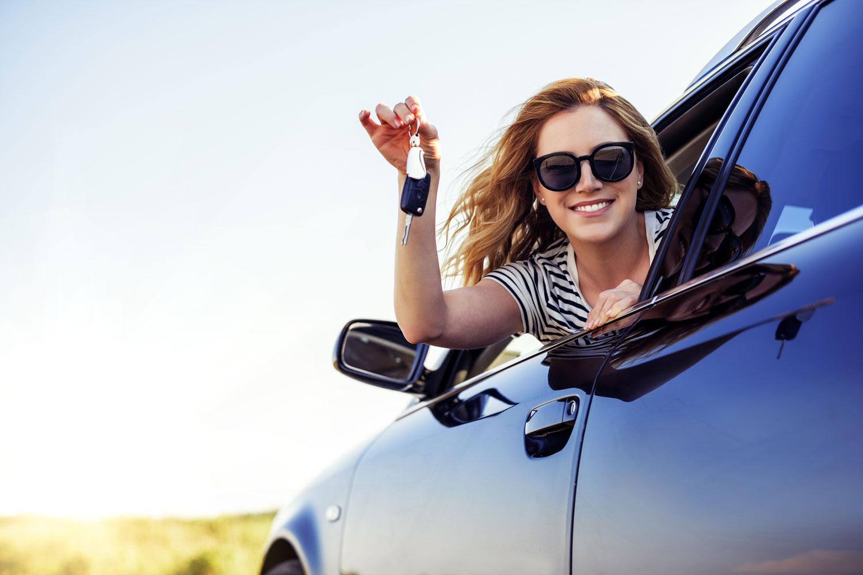 Ein Autokredit bietet eine günstige Methode der Finanzierung.