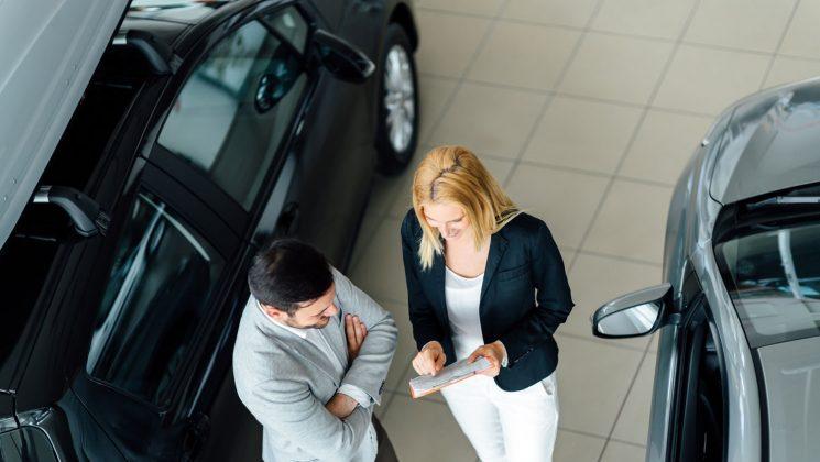 Autokredit mit Schlussrate im Vergleich. Das neue Auto mit einem Autokredit mit Schlussrate finanzieren.