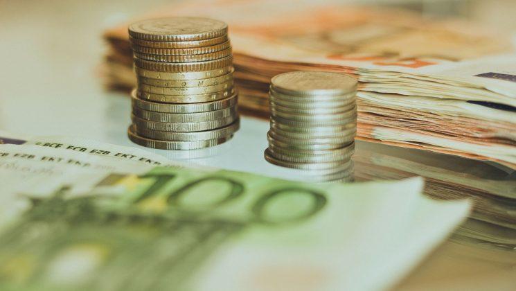Kredit ohne Schufa – seriöse Anbieter finden. Auch ohne Schufa-Abfrage kann man einen Kredit bekommen.