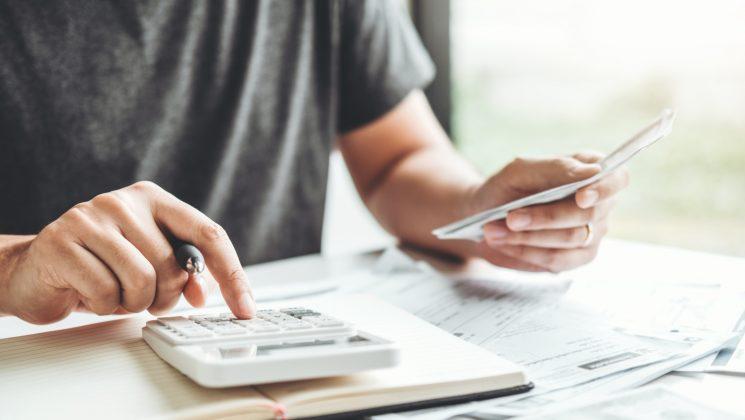 Einkommensteuer: Alle Infos 2021. Einkommensteuern mit dem Einkommensteuerrechner berechnen