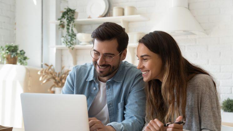 Steuerklasse 3 – Steuerbeträge & Abzüge. Steuerklasse 3 wird bei Ehepaaren mit Steuerklasse 5 kombiniert